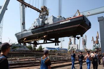 Обіцянки уряду погасити борги із зарплати набридли суднобудівникам і вони готуються до протестів