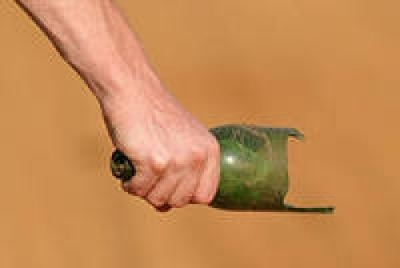 В Новомосковске бывший уголовник в ходе пьянки проломил голову собутыльнику