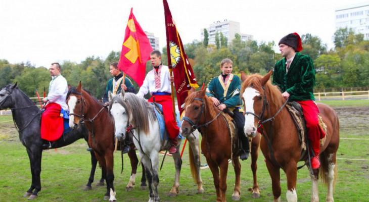 Запорожские казаки изгнали пророссийских казаков с запорожской сечи.(ВИДЕО)