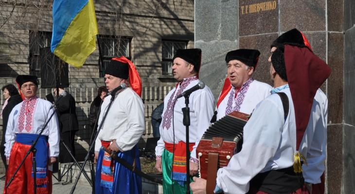 9 березня 2015 року урочистою ходою понад 500 новомосковців зібралися біля  пам'ятника  Тарасу Григоровичу Шевченку.