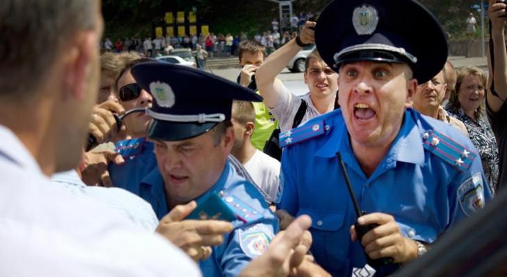 Начальник полиции Рыбак против громады Новомосковска