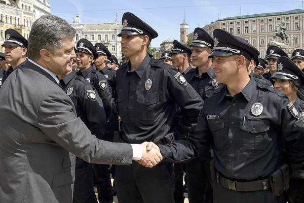 Чмошная полиция Николаева покрывает беспредельщиков мажоров (ВИДЕО)