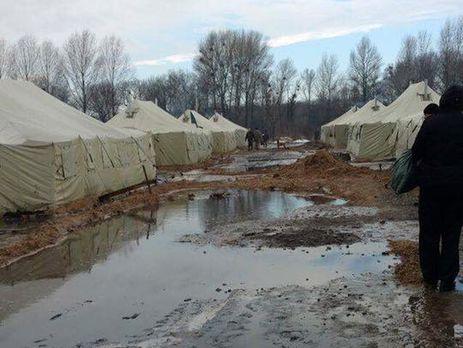 На полигоне в Днепропетровской области бойцы живут в затопленных талой водой палатках – волонтер