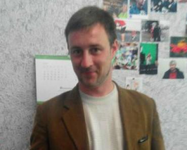 Депутата «жопоблоковца-наркобарыгу» Александровича заплевали жители города (ВИДЕО)