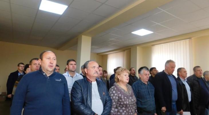 Закон джунглів у міській раді Новомосковська.