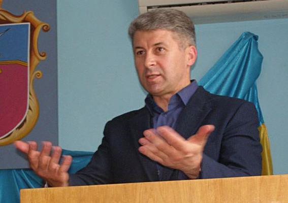 Начальник Царичанской полиции ежедневно «доил» АТП