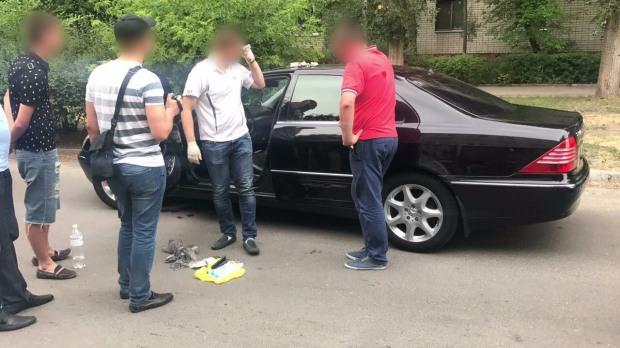 В Новомосковске  выявили «оборотня в погонах» из горотдела полиции (ВИДЕО)
