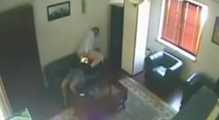 Скандальное видео с любовными утехами российского чиновника разорвало интернет (видео +18)