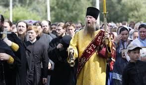 Священик московського патріархату закрив церкву перед труною із загиблим воїном АТО