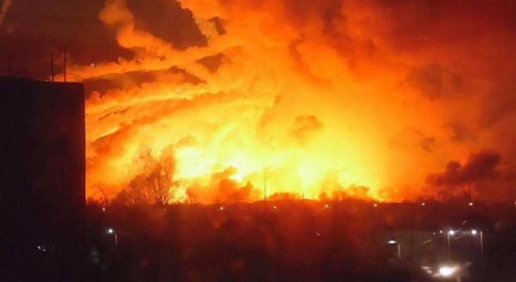 Версия салюта в день рождения Порошенко! Взрывы на складах боеприпасов в Калиновке (ВИДЕО)