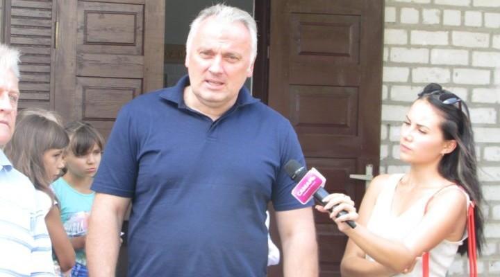 Вадим Нестеренко щодня виступає на віджатому у законного власника телеканалі ТРК «Самарь» і запевняє, що якщо його ще раз оберемо, то він подбає про річку Самара. Повіримо?