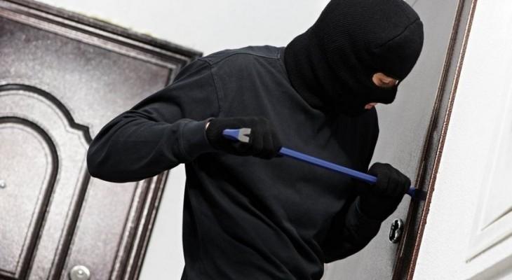 Полиция Днепра не видит в квартирной краже ничего криминального