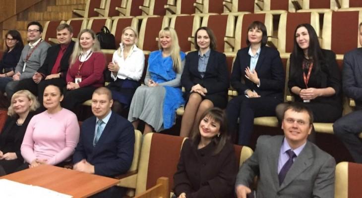 Майбутні судді-корупціонери Новомосковська починають стажування в місцевих загальних судах