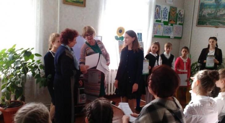 Новомосковські школярі взяли участь у конкурсі художнього читання