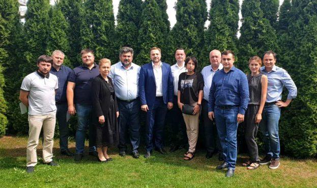Втручання депутатів Зеленського та Агро-Продовольчої ради допомогло відбити у рейдерів господарство