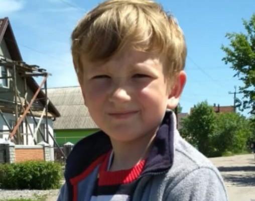 На Дніпропетровщині поліція третю добу розшукує 10-річного Богдана Носкова