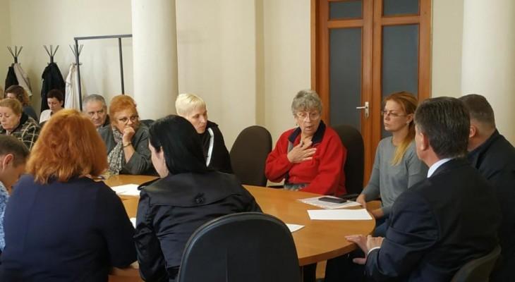 У виконкомі пройшла робоча зустріч міської влади та представників сфери освіти з батьками.