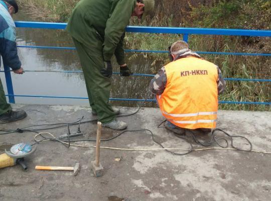 Мост на остров в городе Новомосковске отремонтирован.