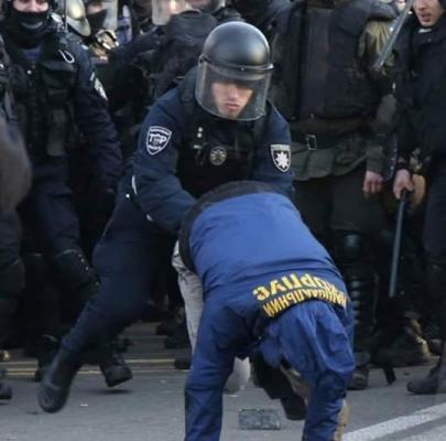 Национальная полиция Арсена Авакова поимела украинских националистов