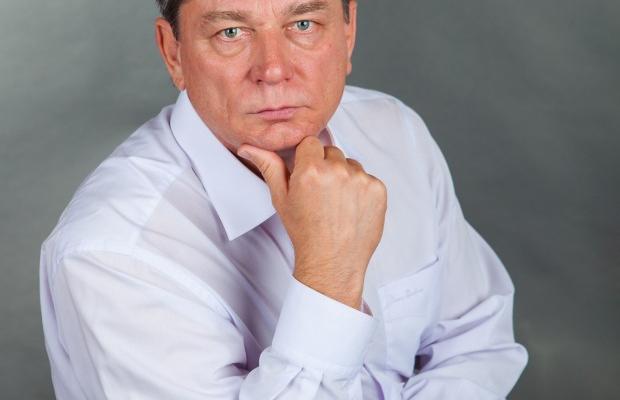 «Маємо те, що маємо…» Новомосковський міський Голова Літвіщенко Віктор Іванович звітує про 100 днів управління життєдіяльністю міста