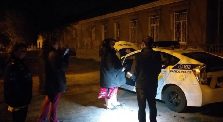 В Днепре полицейские переборщили с применением физ силы и убили задержанного на месте.