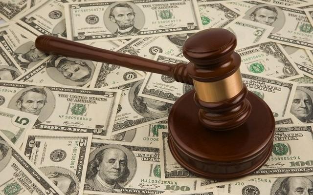 Забирають у вчителів і віддають 1 мільярд гривень корумпованим суддям: скандальні зміни бюджету прем'єром Шмигалем