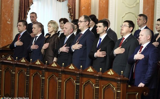 """""""Ми не будемо працювати за 47 тисяч гривень. Хіба це для нас гроші?"""": корумповані судді в Україні влаштували бунт"""