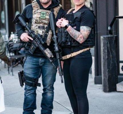 Там, где американцы вышли с оружием защищать свою собственность, ни одного погрома не случилось.