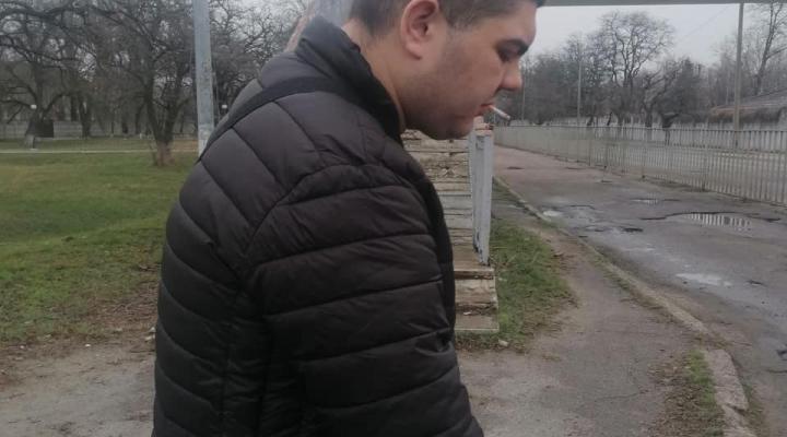 В Новомосковске двое молодых парней использовали несовершеннолетнюю девочку